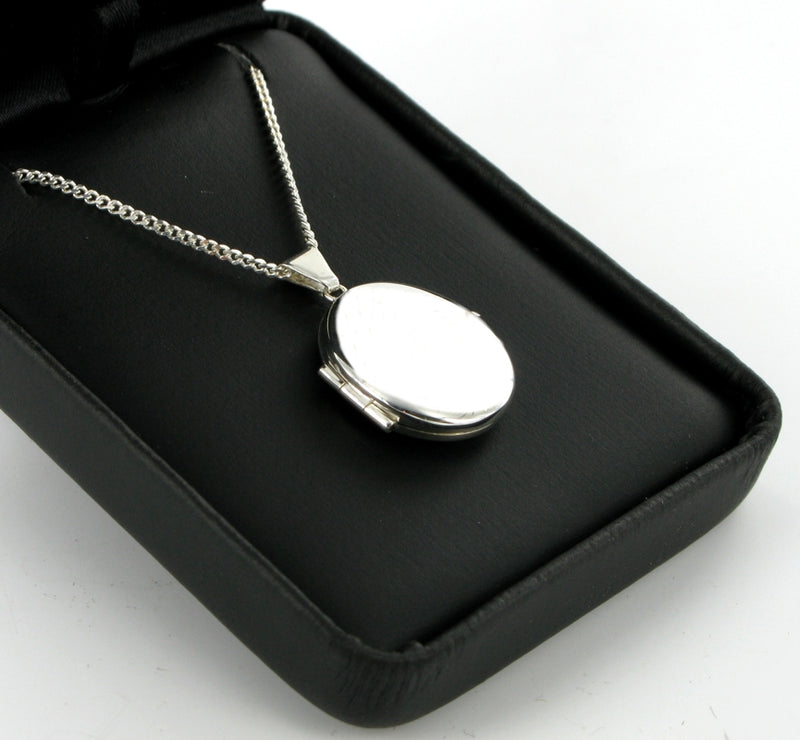 "Plain Oval Locket ~ 18"" Curb Chain"