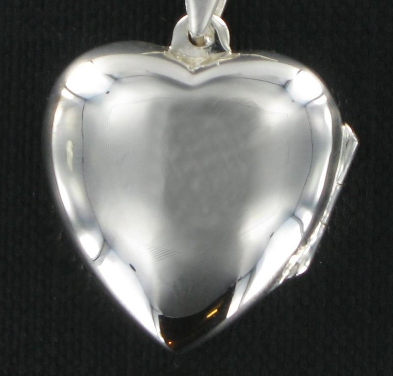 "Plain Heart Locket & 18"" Curb Chain"