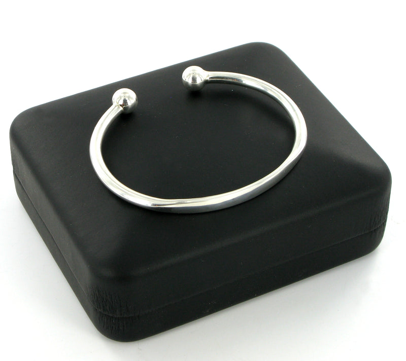 Torque Bangle Plain Medium with Presentation Box