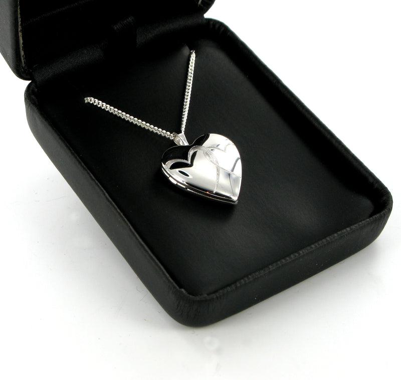"Twin Hearts Locket & 18"" Curb Chain"