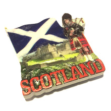 Scotland Piper Castle & Saltire Resin Fridge Magnet [70642]