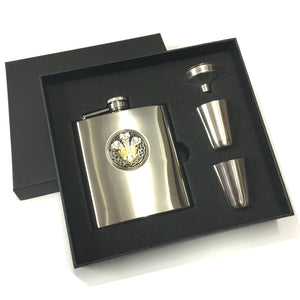 Prince of Wales Feathers Celtic Motif Stainless Steel Hipflask Set [f4995]
