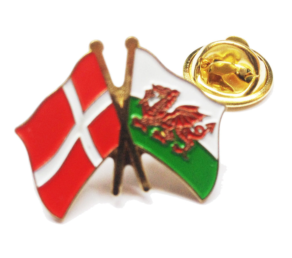 Wales / Denmark Friendship Pin Badge [wb204]