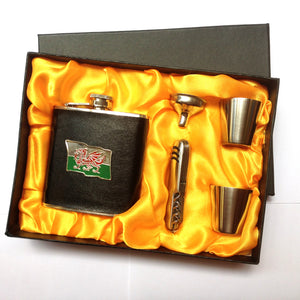 Wales Flag Emblem Hip Flask Gift Set [wg325]