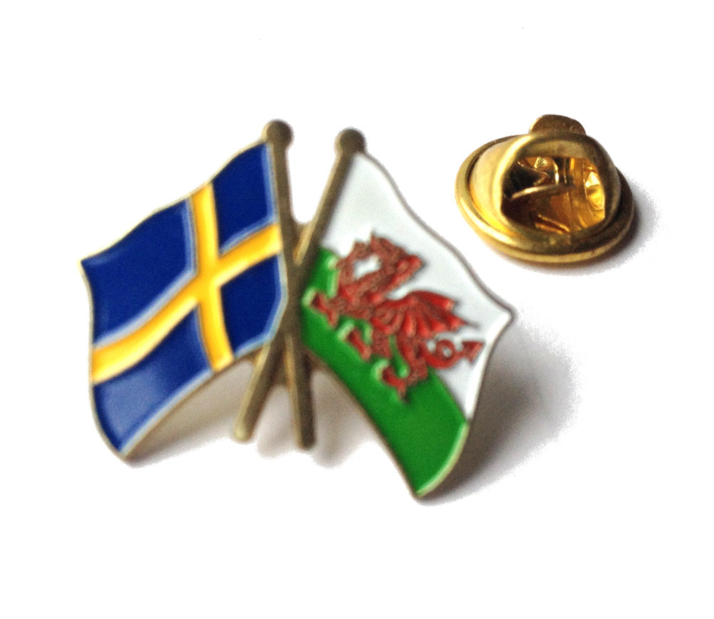 Wales / Sweden Friendship Pin Badge [wb202]