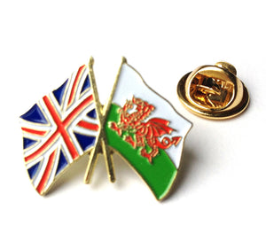 Wales / Union Jack Friendship Pin Badge [wb45]