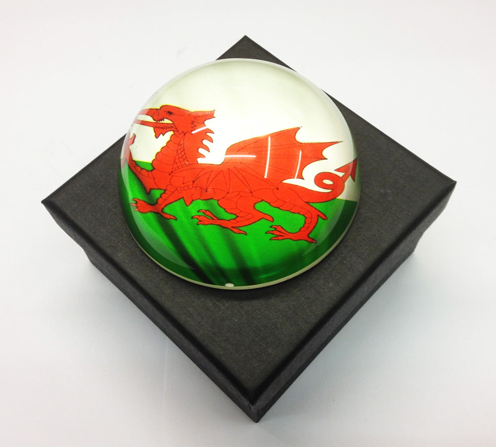 Wales Flag 78mm Round Domed Glass Paperweight [wg529]