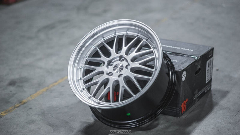 ESR Wheels SR05