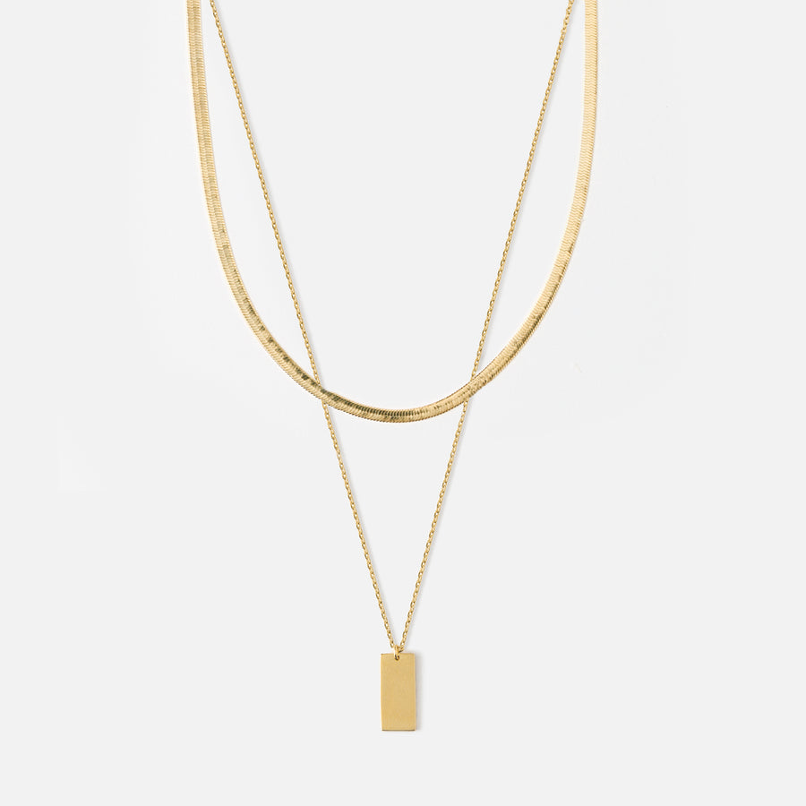 Clean tag & flat curb necklace