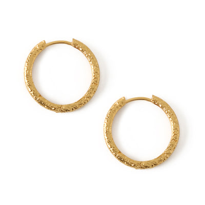 LUXE Mid Sized Hammered Hoops