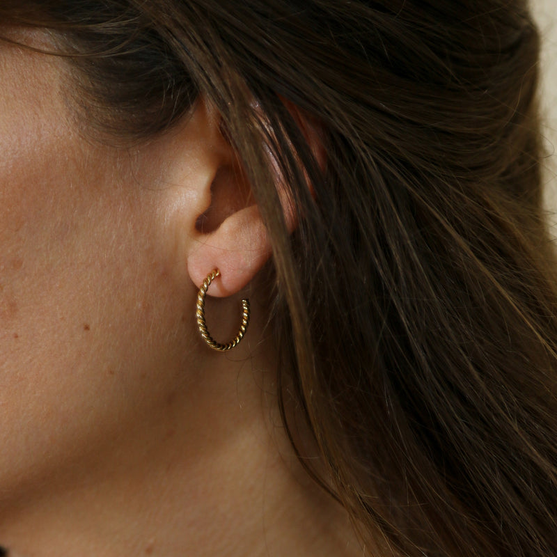 Rope Twist Small Hoop Earrings