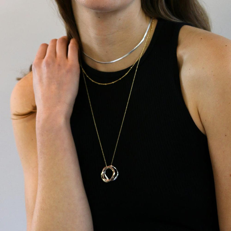 Mixed Plate Ring Trio Necklace