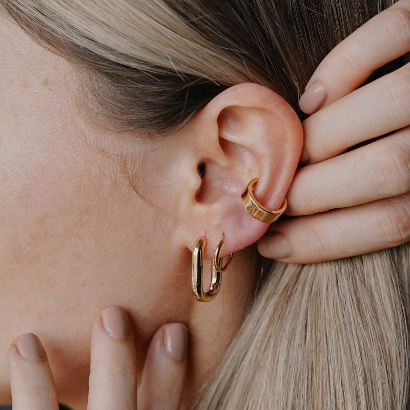 Chunky Oval Hoop Earrings - Gold