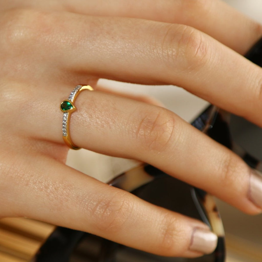 LUXE Emerald Green Stone Ring