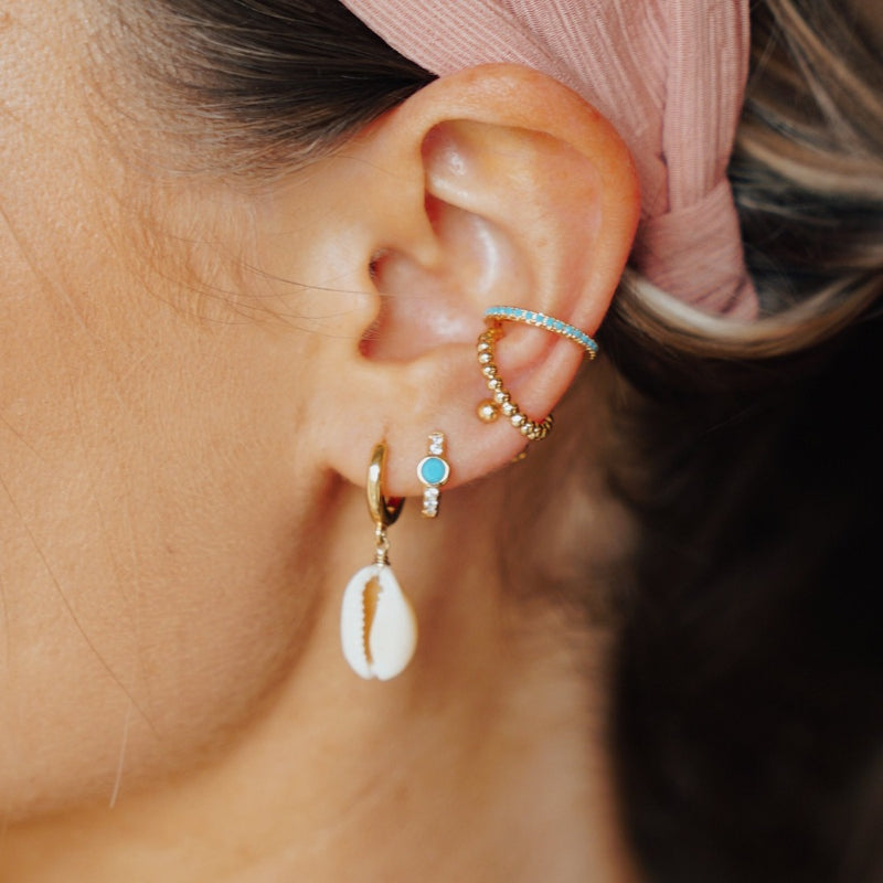 Cowrie Huggie & Turquoise Ear Party - Gold