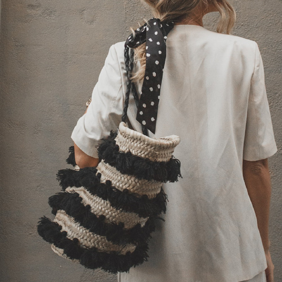 Tassel Straw Basket Bag - Black