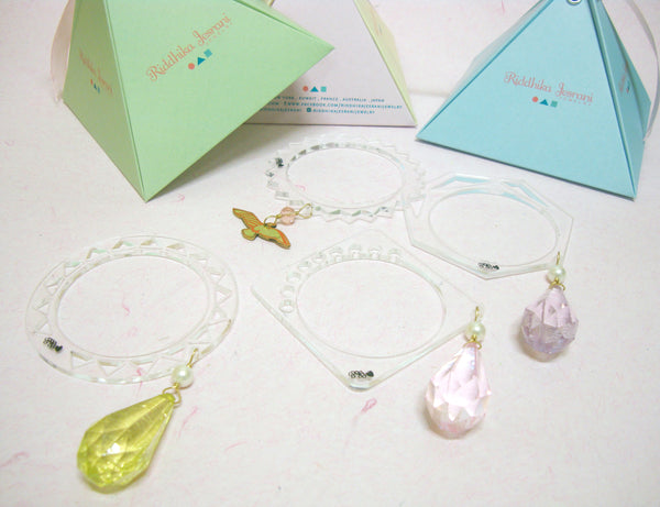 Acrylic Drop Bangle