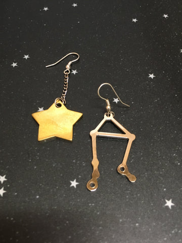 Gold Star 'LIBRA' Earrings - Riddhika Jesrani
