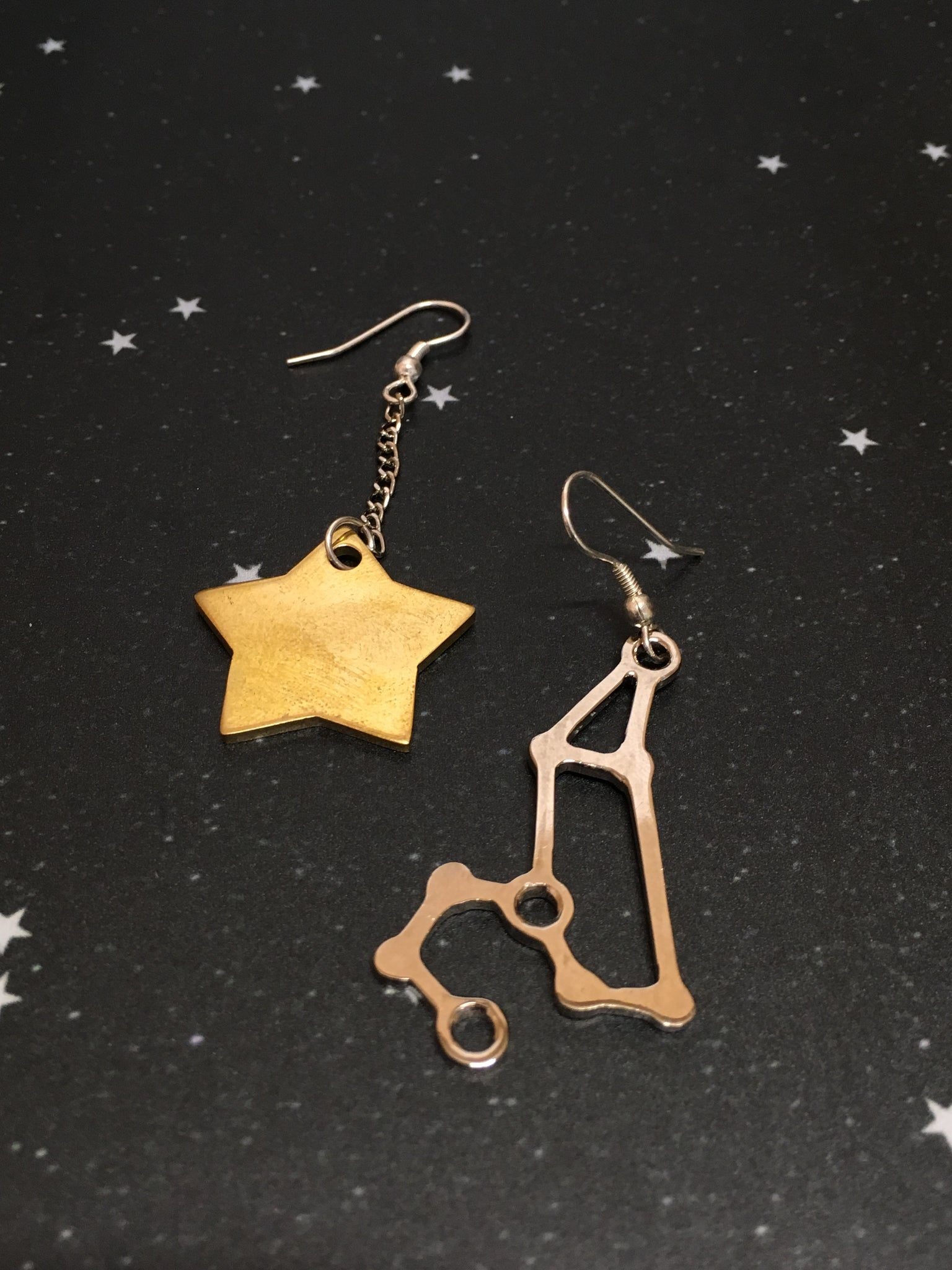 Gold Star 'LEO' Earrings - Riddhika Jesrani