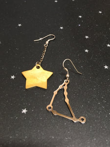 Gold Star 'CAPRICORN' Earrings - Riddhika Jesrani