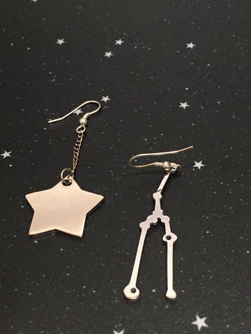 Silver Star 'TAURUS' Earrings - Riddhika Jesrani
