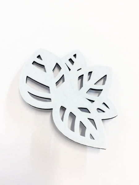 Reverse Oreo Leaf Brooch (small)