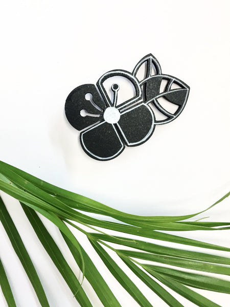 Hand-painted Graphic Flower Brooch (Small)