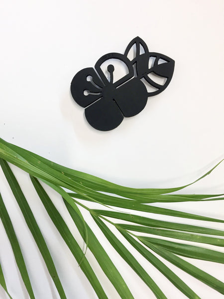 Black Graphic Flower Brooch (Big)