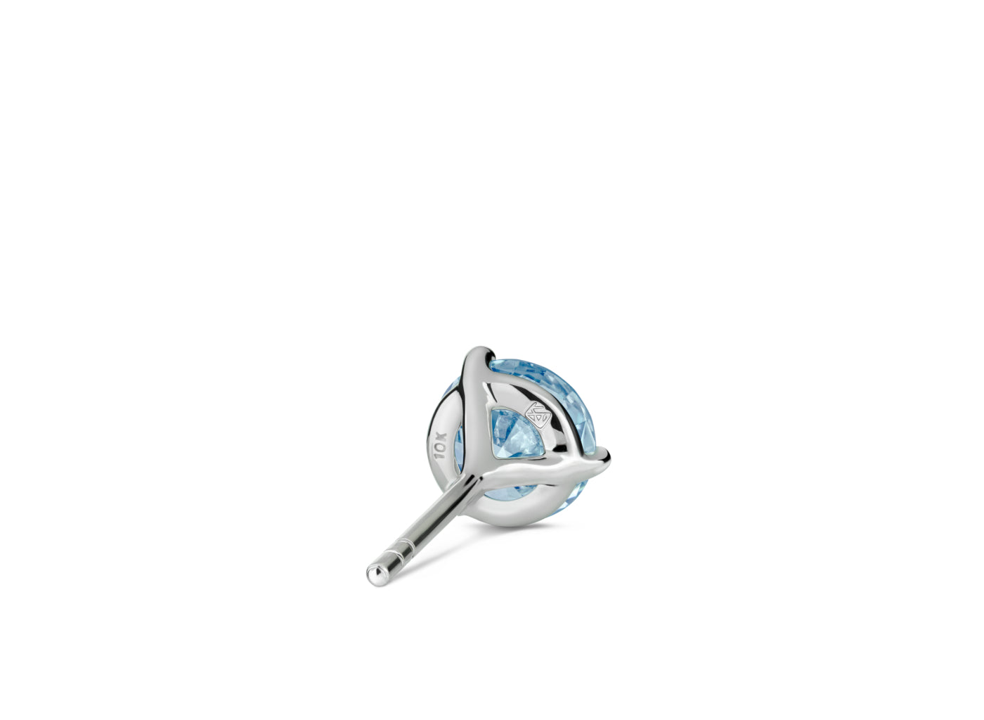 Back view of Solitaire 1 carat stud with blue diamond