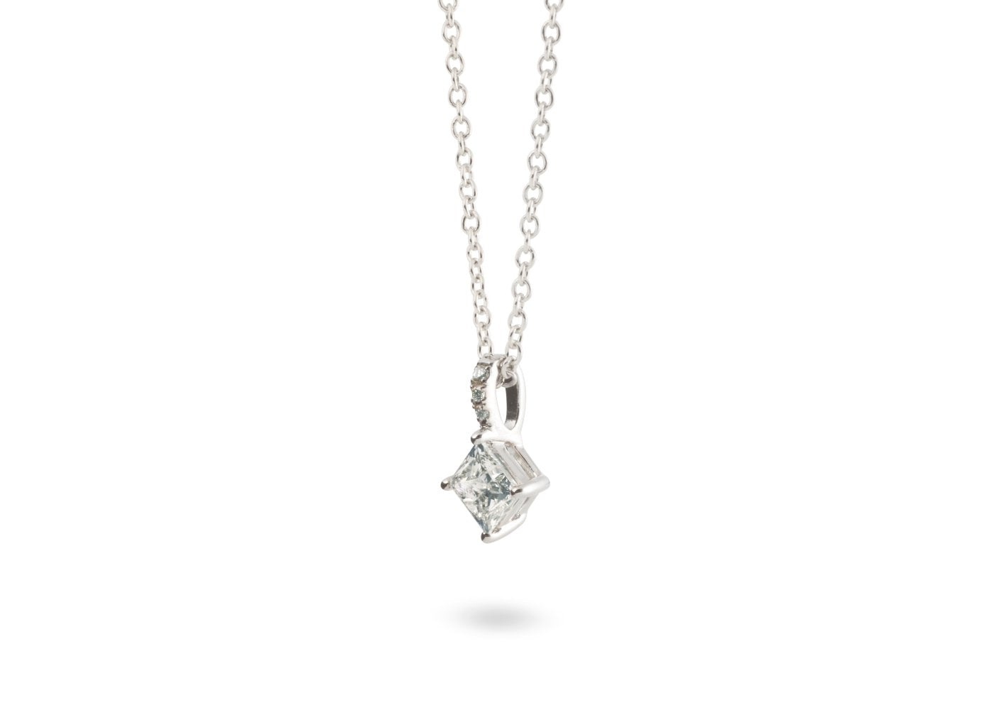 Side view of Princess Pavé 1/2 carat pendant with white diamonds