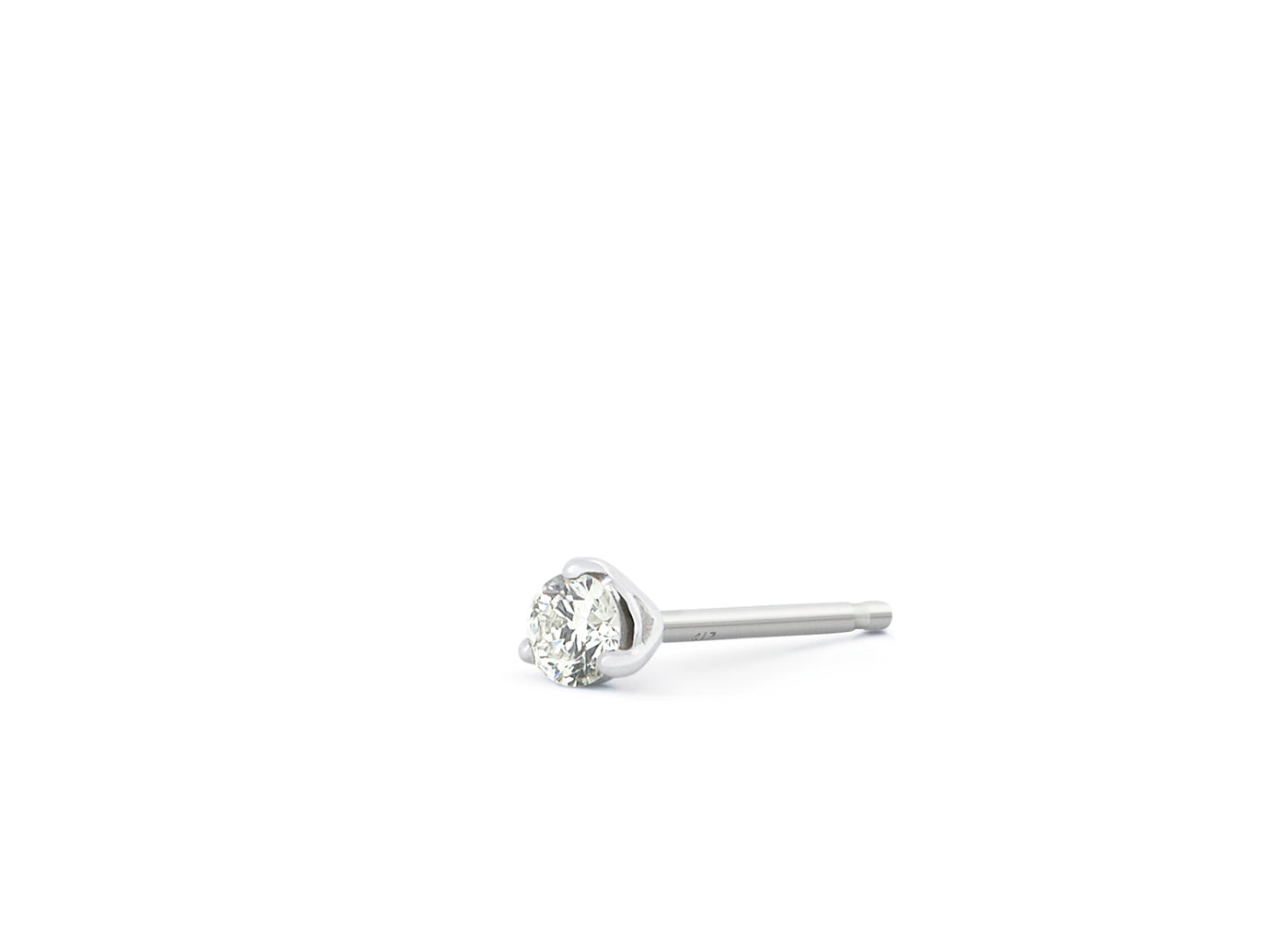 Side view of Solitaire 1/10 carat earring with white diamond