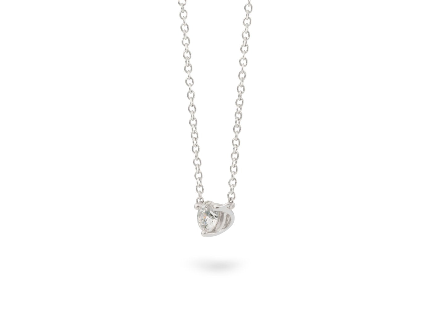 Side view of Solitaire 1/4 carat pendant with white diamond