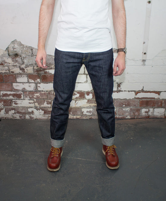 SLIM TAPER 13.5 OZ SELVEDGE JEAN