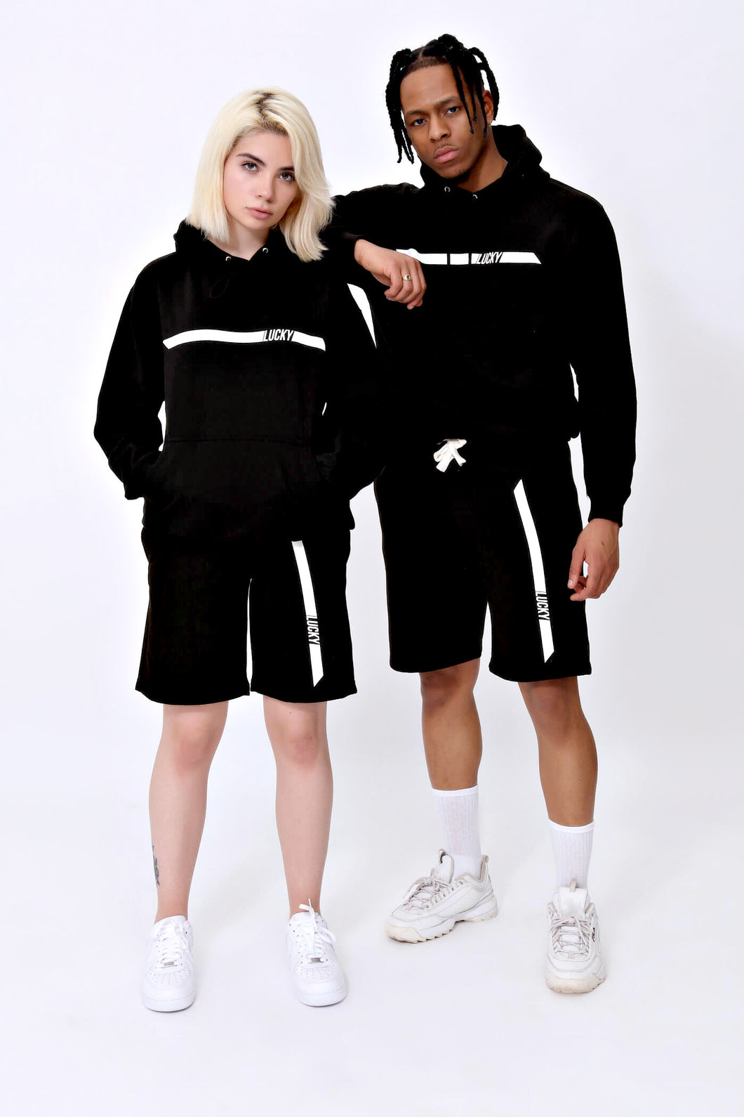 Racer Sweatshorts in Jet Black
