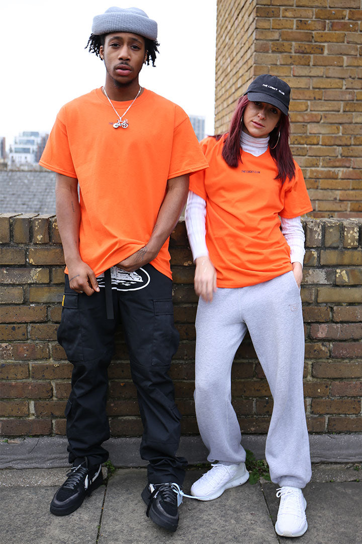 ESSENTIALS Logo T shirt in Orange