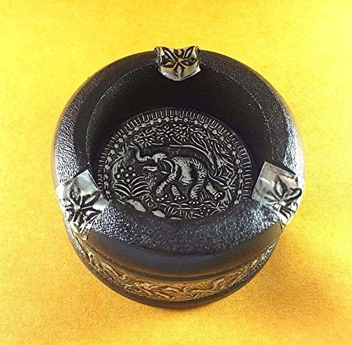 NEW WOODEN NICKEL ASHTRAY HANDCRAFT THAI ELEPHANT CIGARETTE BLACK VINTAGE CIRCLE