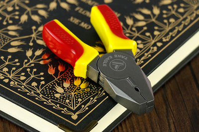 Mini Pliers Cigarette Lighter