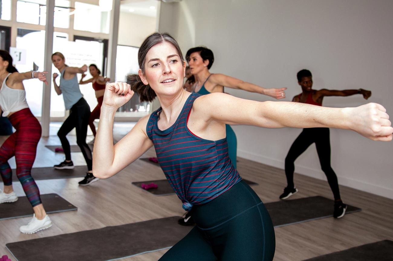 An instructor in The Fitual's core training class