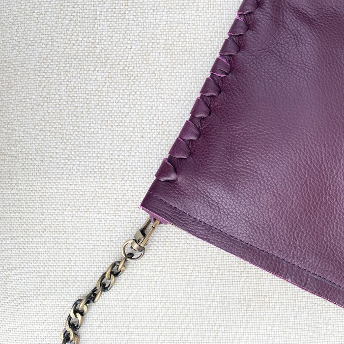 WINE THREADED CLUTCH