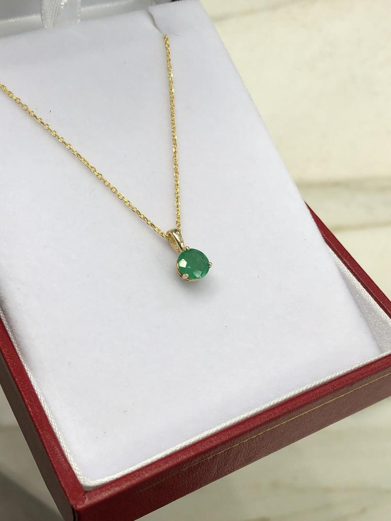 0.80 3-Prong Emerald Pendant