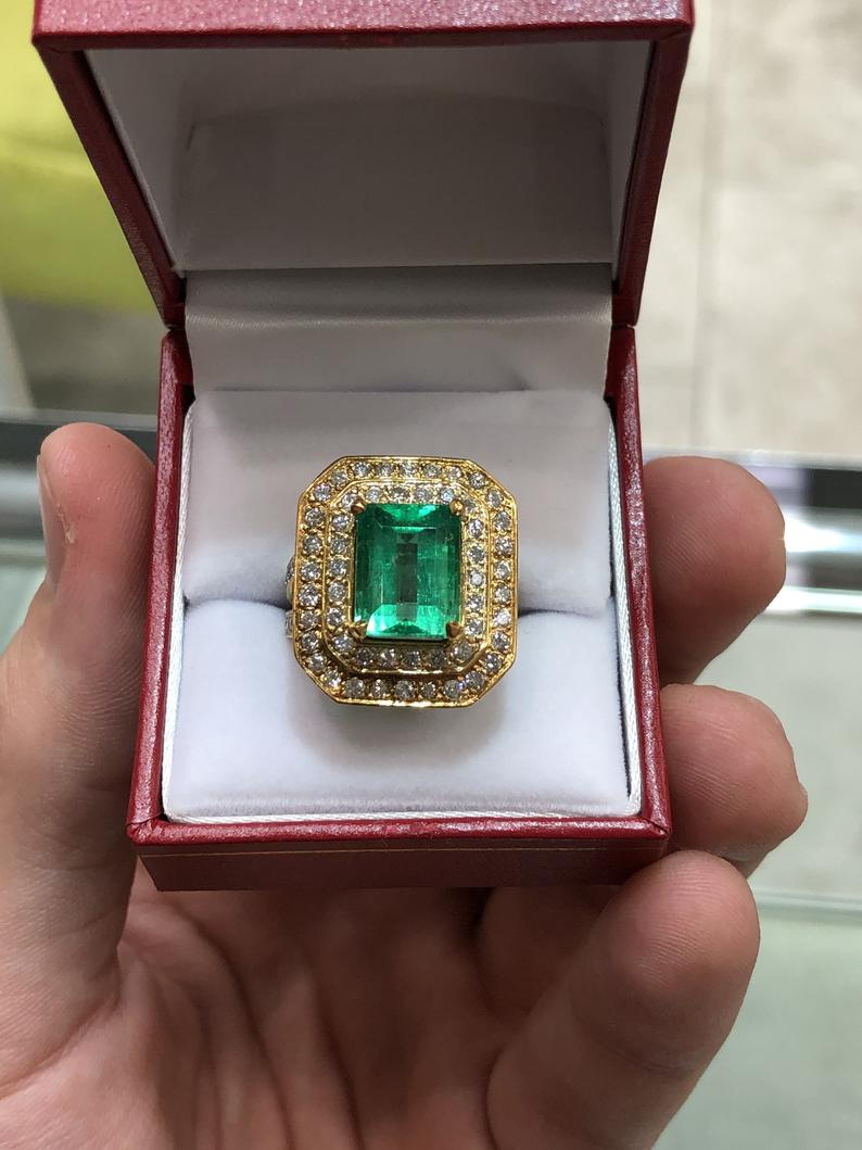 5.57tcw Colombian Emerald Statement Ring