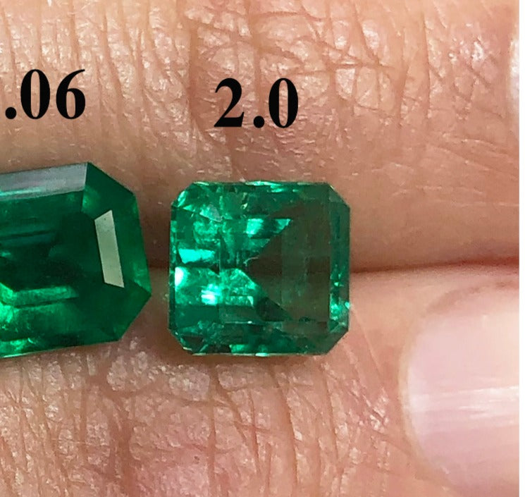 Colombian emerald crystal clean set for astrological purposes for Lakshmi