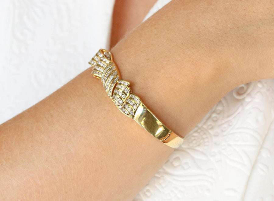 2.50tcw Diamond Bow & Gold Bangle Bracelet 18k