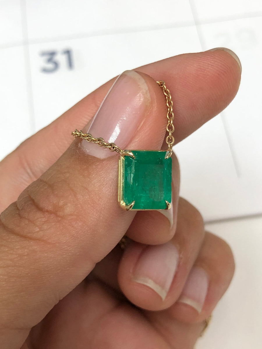 3.57 Carat Red Carpet Colombian Emerald Solitaire Necklace 14K