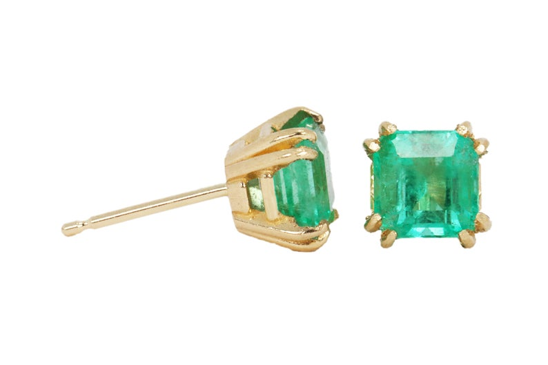 1.73tcw 14K Colombian Emerald Stud Earrings