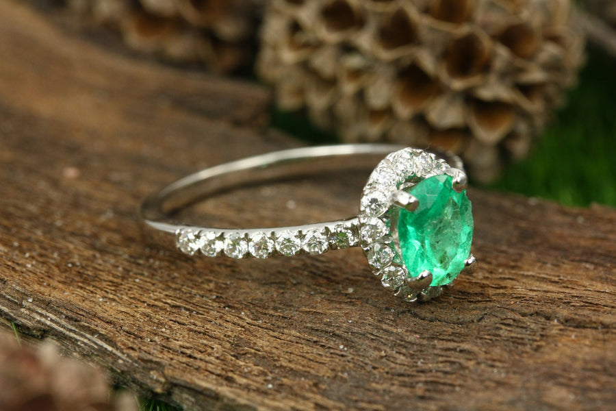 1.06tcw Colombian Emerald Oval & Diamond Halo Engagement Ring 14K, Emerald Ring, Emerald Halo Ring, 14K Diamond Halo Emerald Ring, Emerald