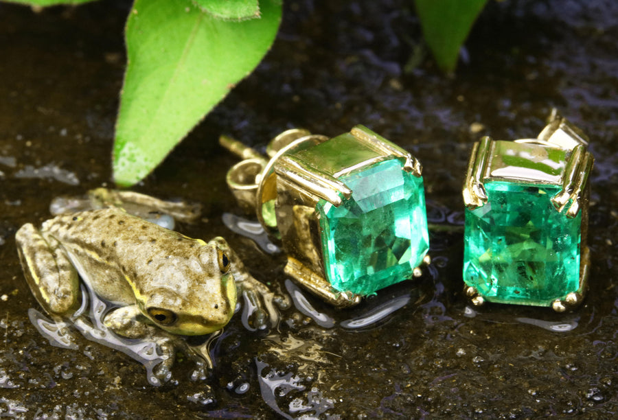 3.0cts Colombian Emerald & Gold Stud Earrings,  Emerald Studs, Emerald Earrings, Colombian Emerald Earrings, May Anniversary Earrings, Gift