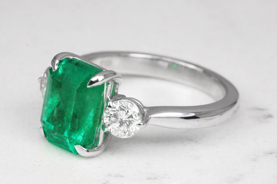 4.31tcw Three Stone Emerald & Diamond Accent Ring 18K