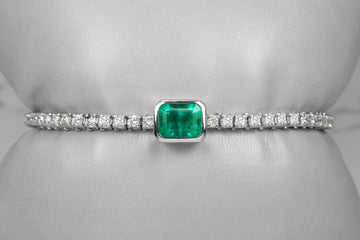 5.73tcw emerald and diamond bracelet, Emerald Diamond Bracelet, Colombian Emerald Bracelet, Columbian Emerald Bracelet, Modern Emerald Jewel