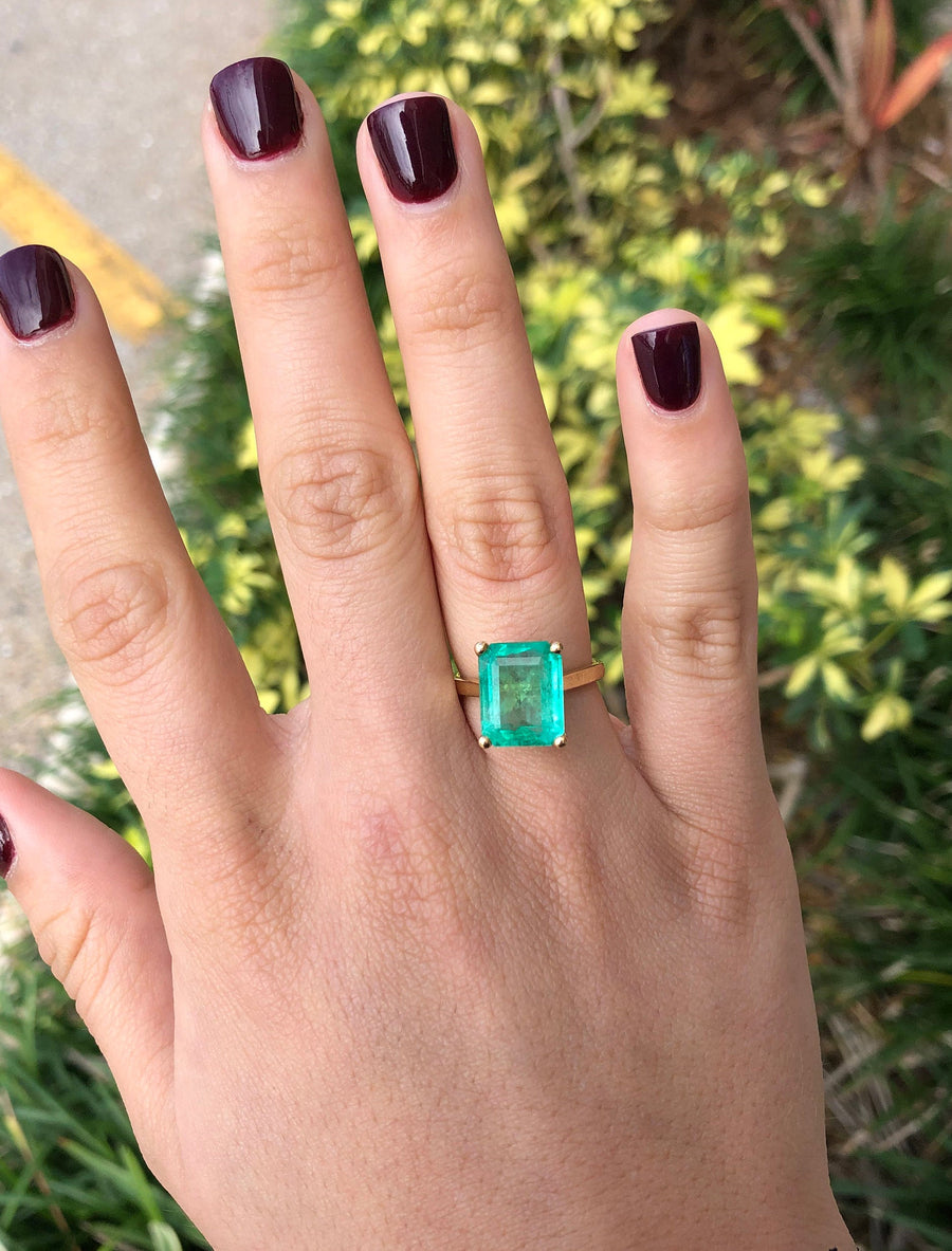 6.84 Carat Natural Colombian Emerald Solitaire Engagement Ring Yellow Gold 18K